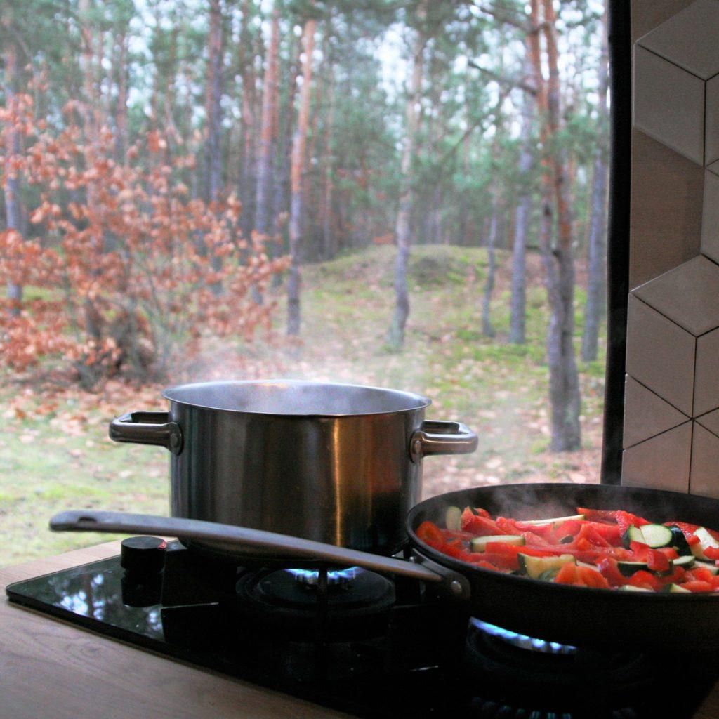 gotowanie w kamperze