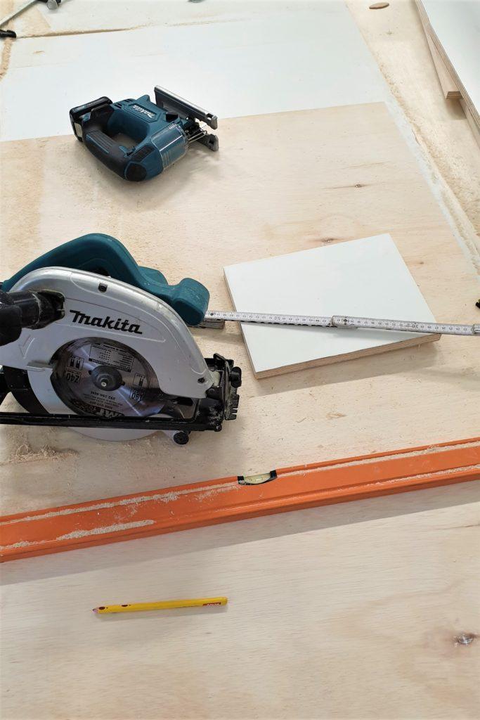 narzędzia do budowy kampera
